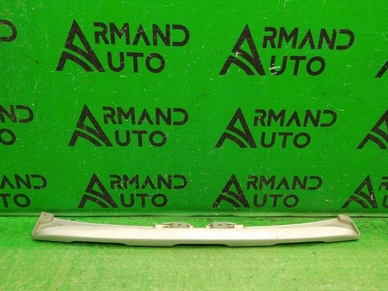 Накладка бампера Renault Sandero Stepway 2 2014 передняя (б/у)