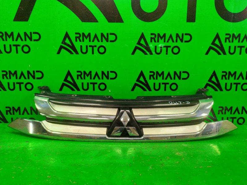 Решетка радиатора Mitsubishi Outlander 3 РЕСТАЙЛИНГ 2 2015 (б/у)