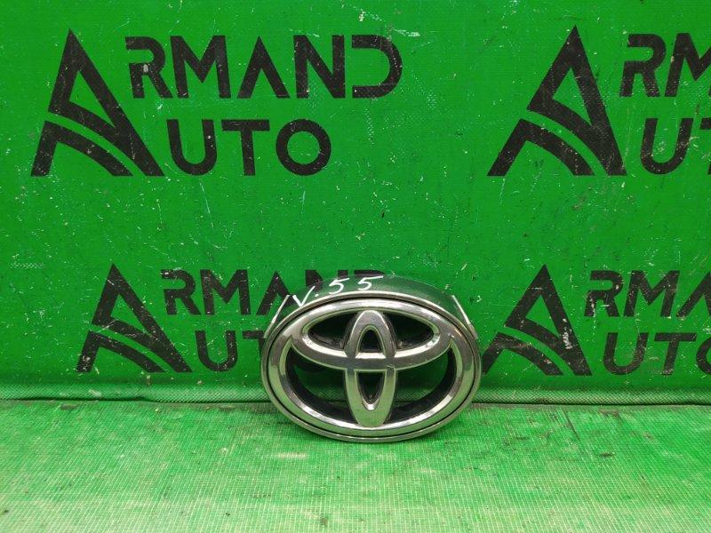 Эмблема Toyota Camry V55 РЕСТАЙЛИНГ 2014 (б/у)