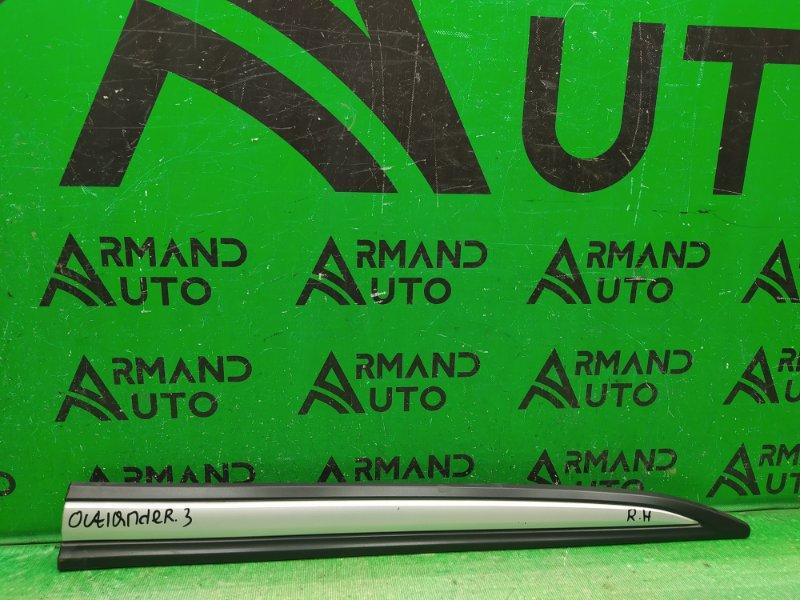 Накладка двери Mitsubishi Outlander 3 РЕСТАЙЛИНГ 2015 передняя правая (б/у)