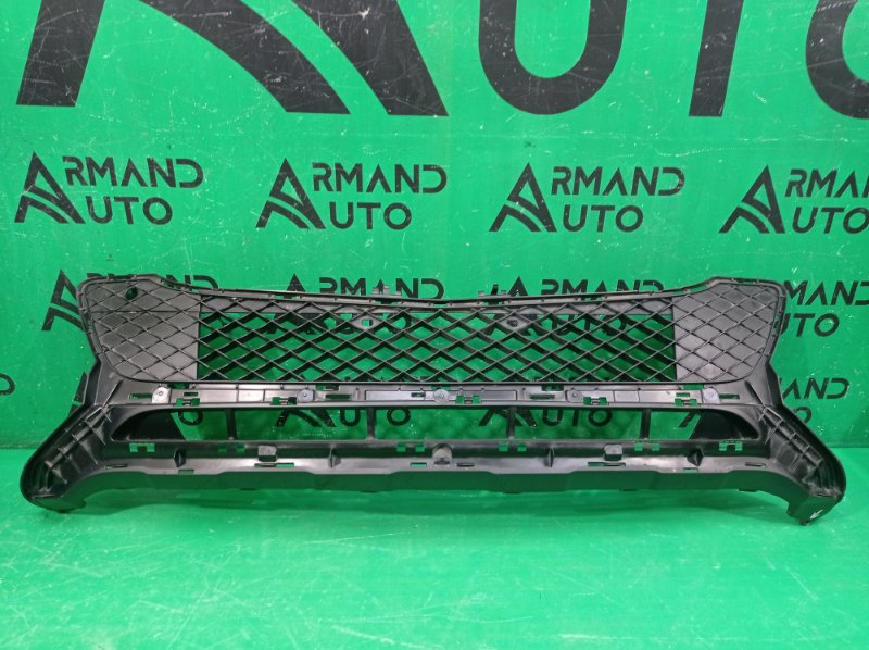 Решетка бампера Mercedes Glk X204 2012 передняя нижняя (б/у)