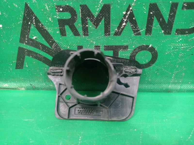 Кронштейн форсунки омывателя Bmw X5 F15 2013 правый (б/у)