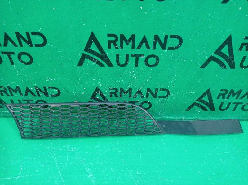 Решетка радиатора Mercedes Actros правая (б/у)