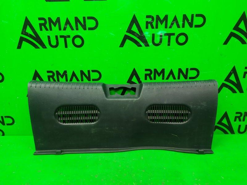 Накладка замка багажника Hyundai Solaris 1 2010 (б/у)