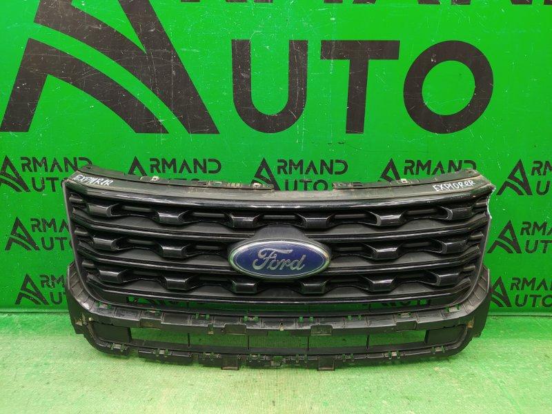 Решетка радиатора Ford Explorer 5 РЕСТАЙЛИНГ 2015 (б/у)