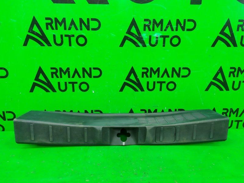 Накладка замка багажника Mitsubishi Outlander 3 2012 (б/у)