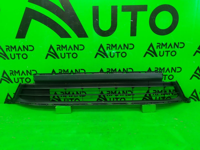 Решетка бампера Toyota Rav4 CA40 РЕСТАЙЛИНГ 2015 (б/у)