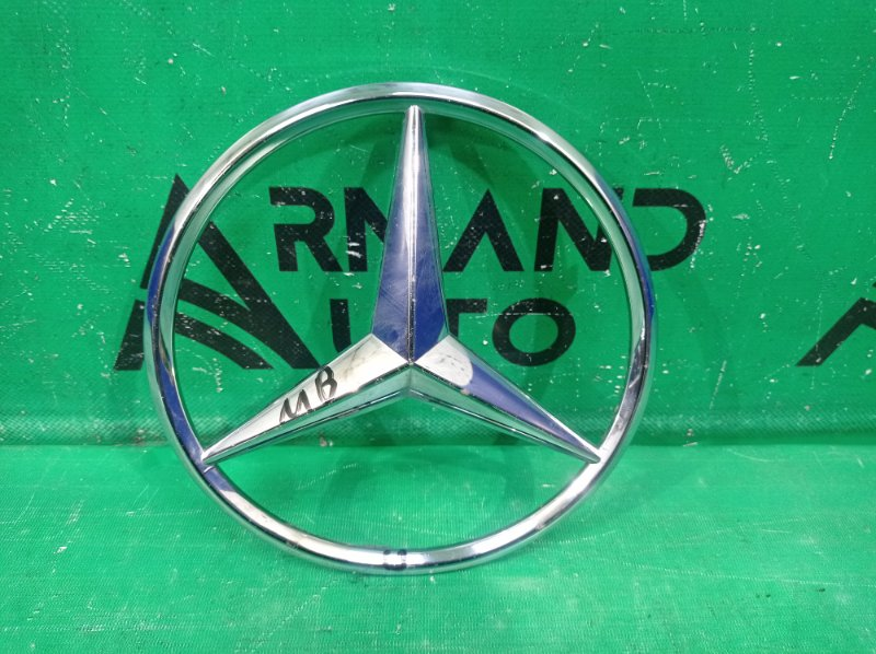 Эмблема Mercedes Ml W166 X166 2011 передняя (б/у)