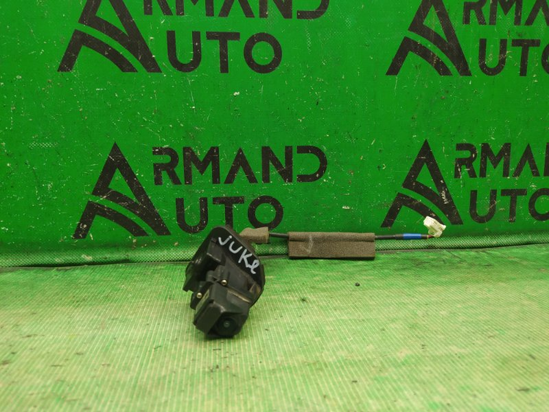Камера заднего вида Nissan Juke 2010 (б/у)