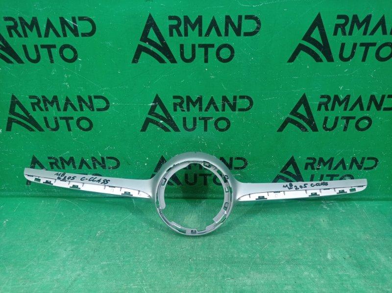 Накладка решетки радиатора amg Mercedes C W205 2014 (б/у)