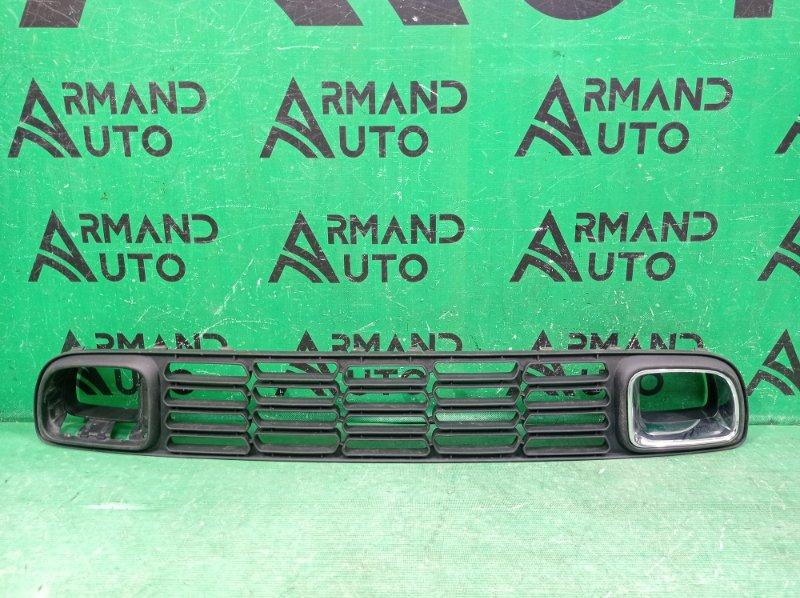 Решетка бампера Mini Countryman R60 2010 передняя нижняя (б/у)