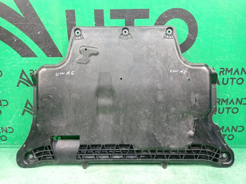 Защита двигателя Volkswagen Passat B8 2014 (б/у)