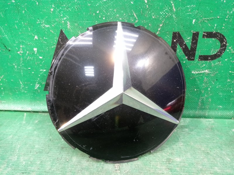 Эмблема Mercedes Ml X164 2008 передняя (б/у)