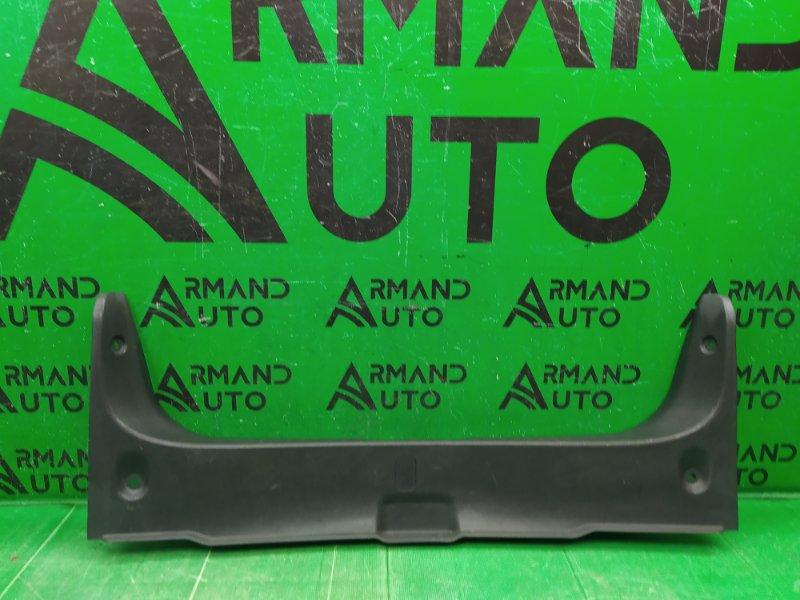 Накладка замка багажника Nissan Almera G15 2012 (б/у)