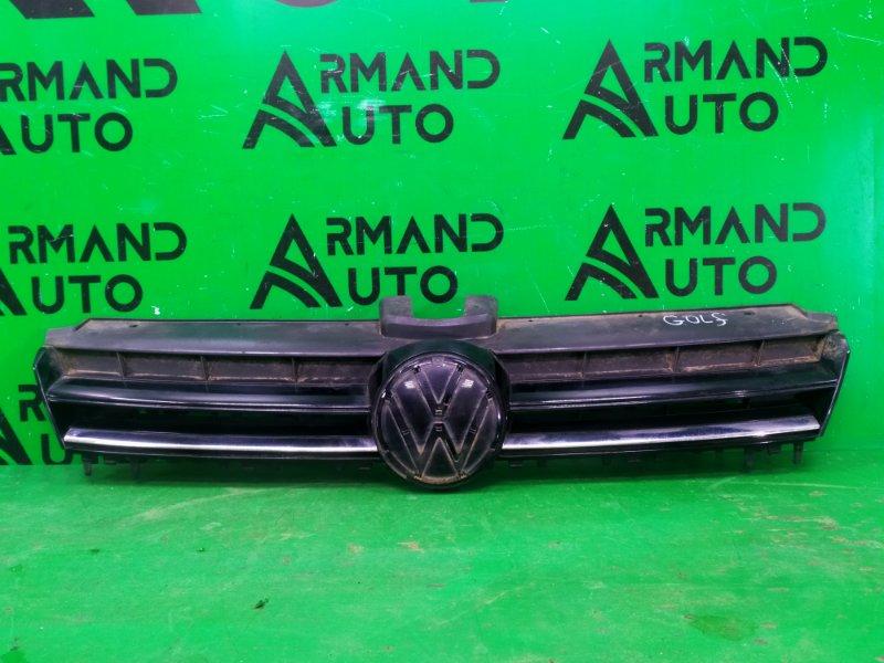 Решетка радиатора Volkswagen Golf 7 2012 (б/у)