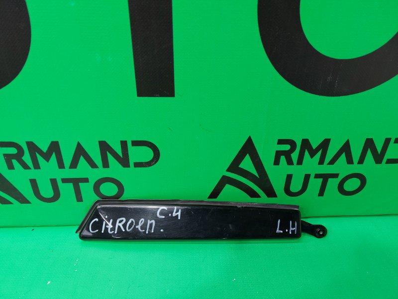 Накладка двери багажника Citroen C4 Aircross 2012 левая (б/у)