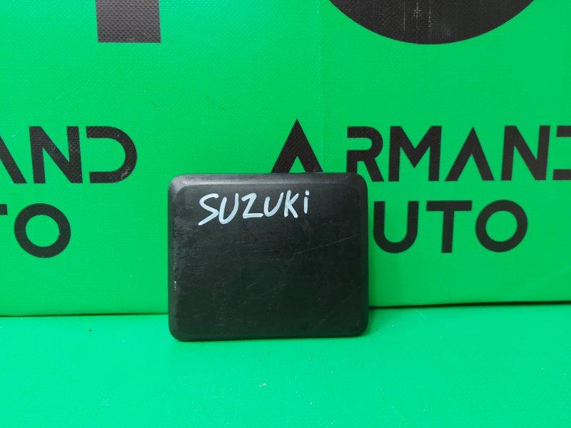 Накладка решетки бампера Suzuki Sx4 S-Cross 2 2013 передняя (б/у)