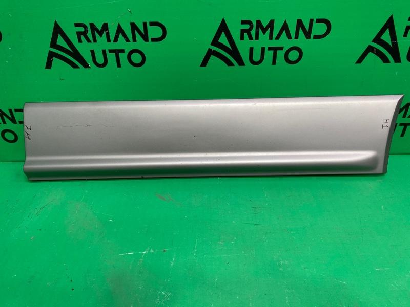 Накладка двери Hyundai H1 2 2007 передняя правая (б/у)