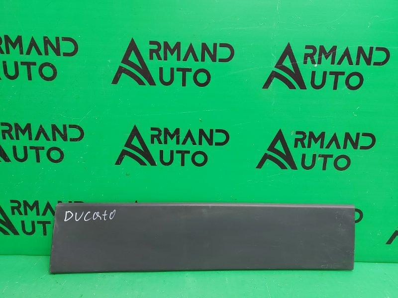 Накладка двери багажника Fiat Ducato 1 2006 правая (б/у)