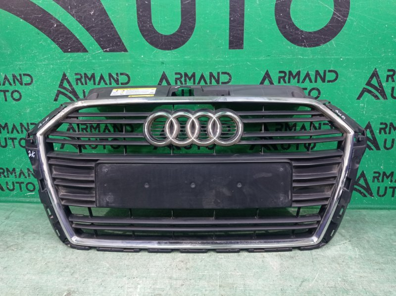 Решетка радиатора Audi A3 3 8V 2016 (б/у)