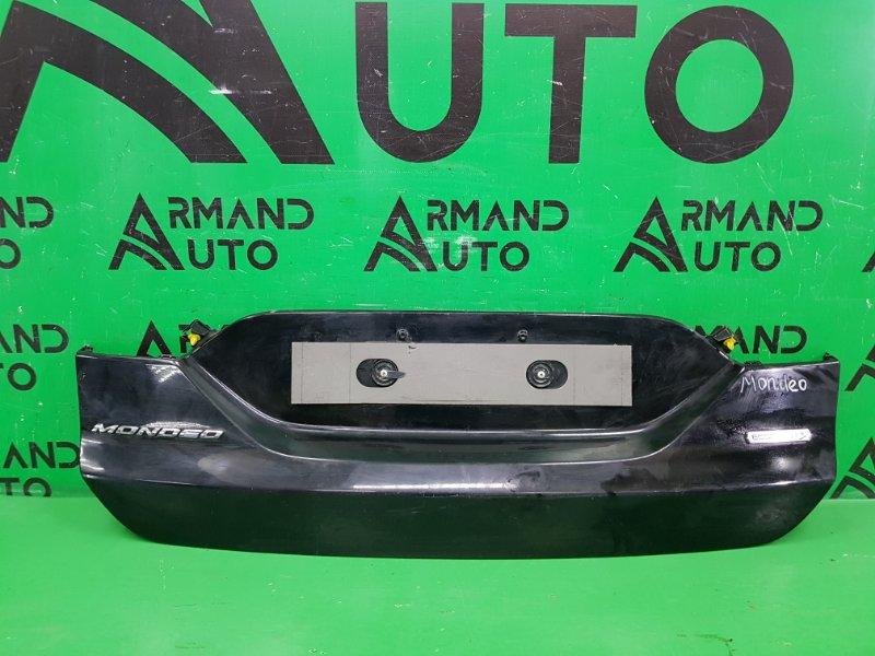 Накладка крышки багажника Ford Mondeo 5 2014 (б/у)