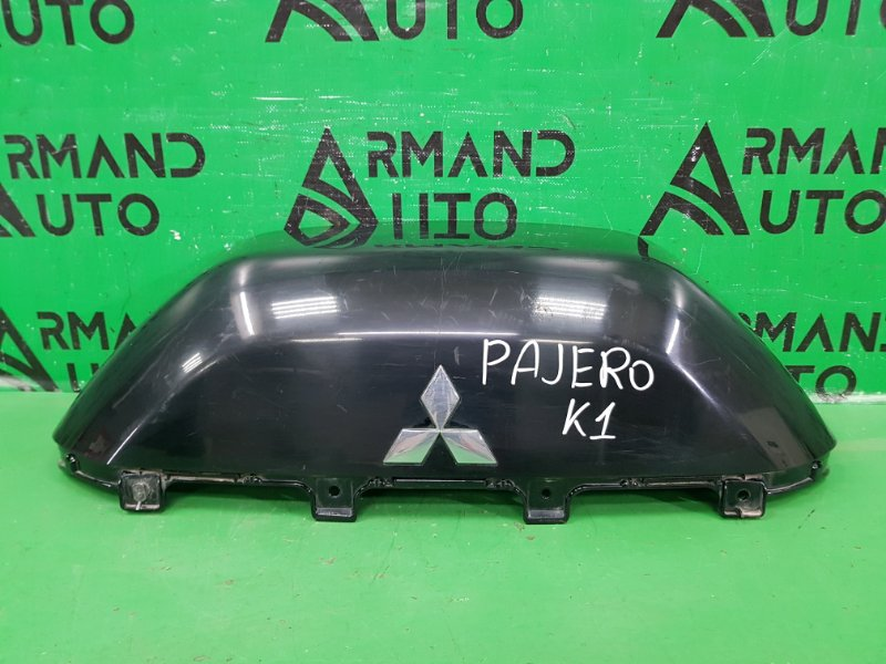 Чехол для запасного колеса Mitsubishi Pajero 4 2006 верхний (б/у)