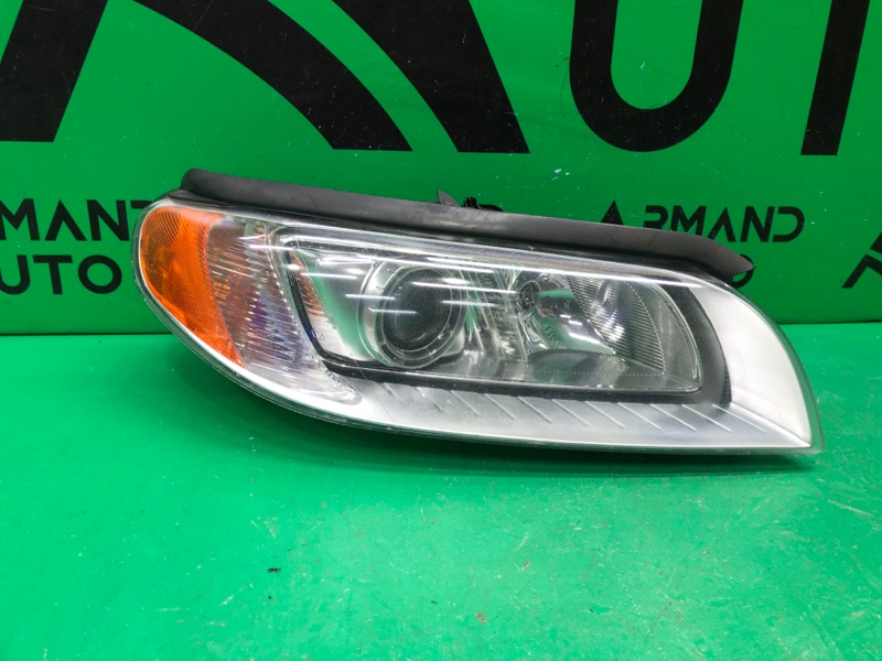 Фара Volvo S80 2 2006 правая (б/у)