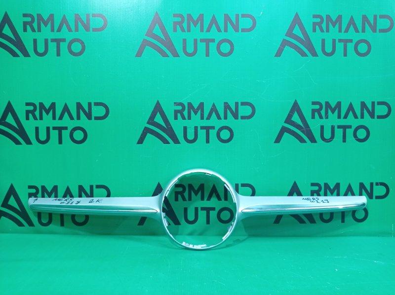 Накладка решетки радиатора Mercedes Cla-Class C117 X117 2013 (б/у)