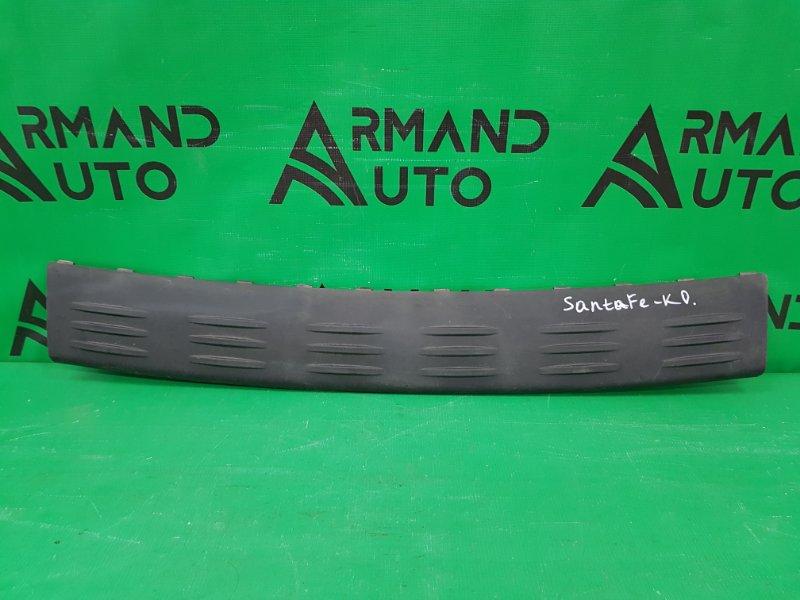 Накладка бампера Hyundai Santa Fe CLASSIC 2000 задняя верхняя (б/у)