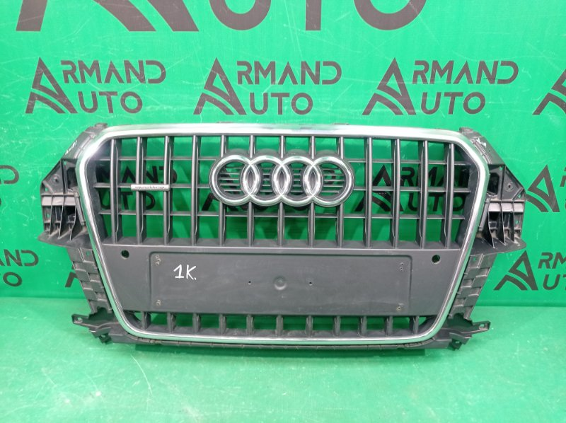 Решетка радиатора Audi Q3 1 8U 2011 (б/у)