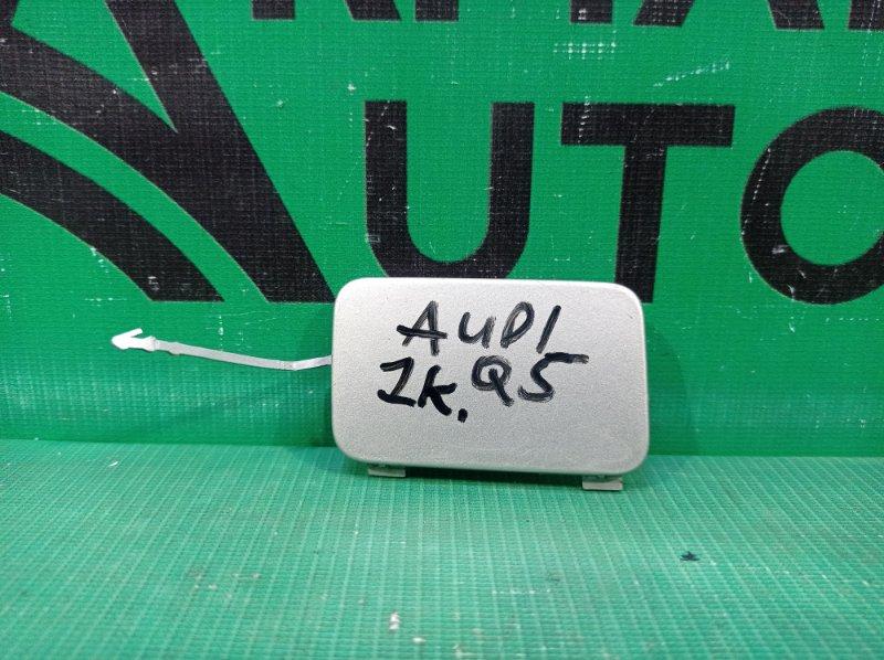 Заглушка буксировочного крюка Audi Q5 1 8R 2008 задняя правая (б/у)
