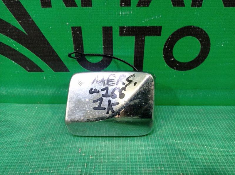 Заглушка буксировочного крюка Mercedes M Ml-Class W166 2011 передняя (б/у)