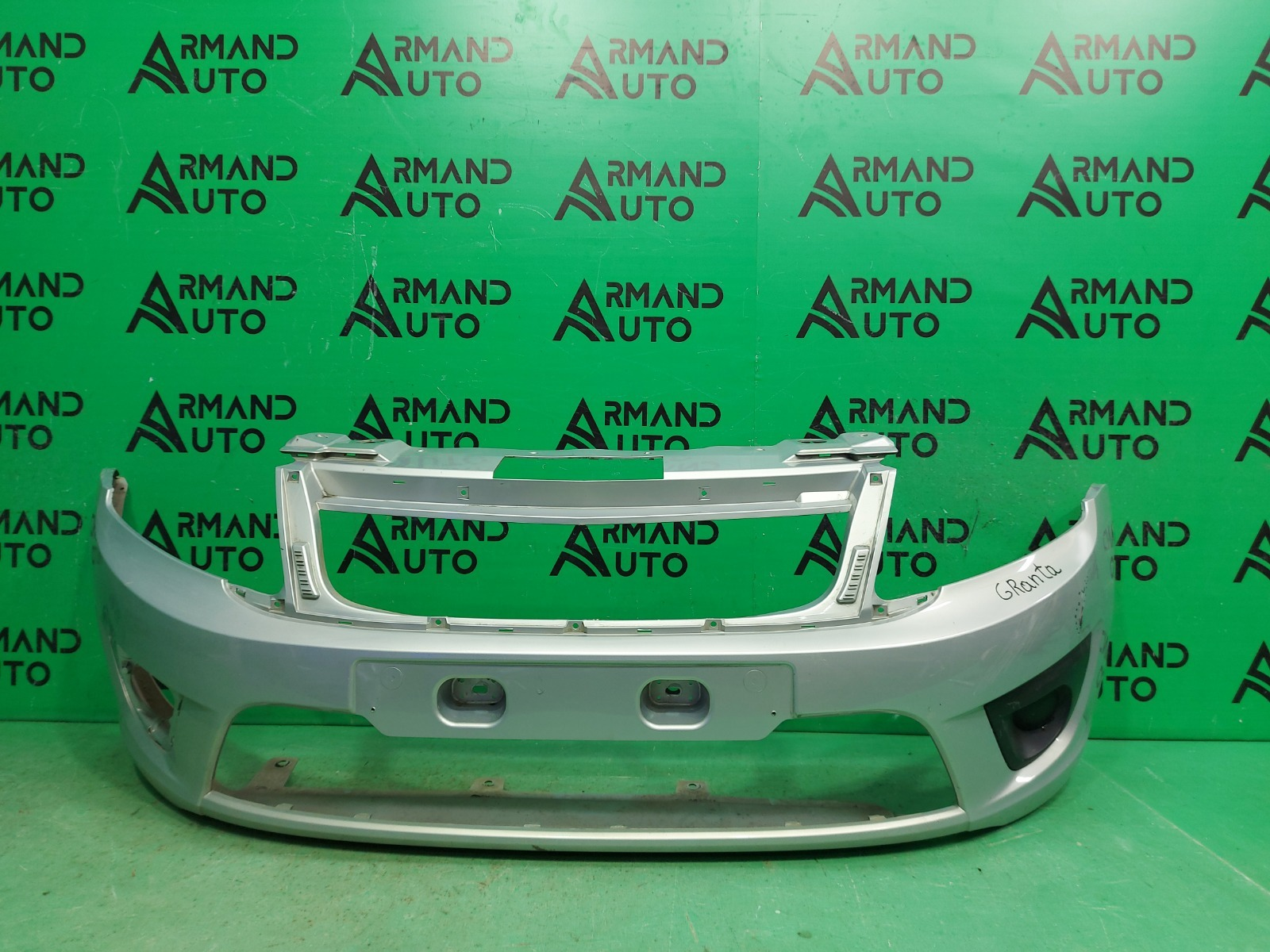 Бампер Lada Granta 1 2011 передний (б/у)
