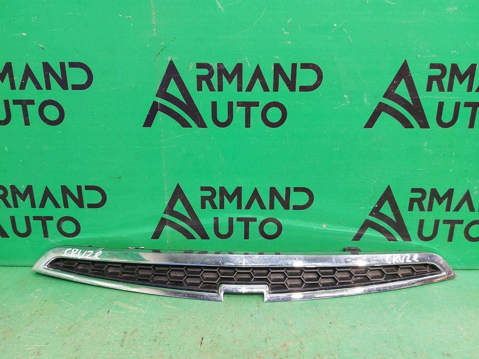 Решетка радиатора Chevrolet Spark 3 2009 (б/у)
