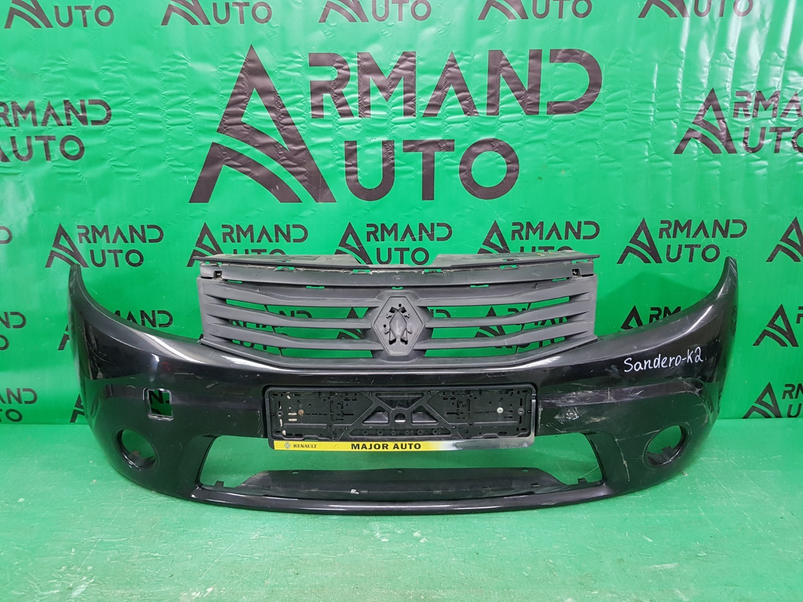 Бампер Renault Sandero 1 2009 передний (б/у)
