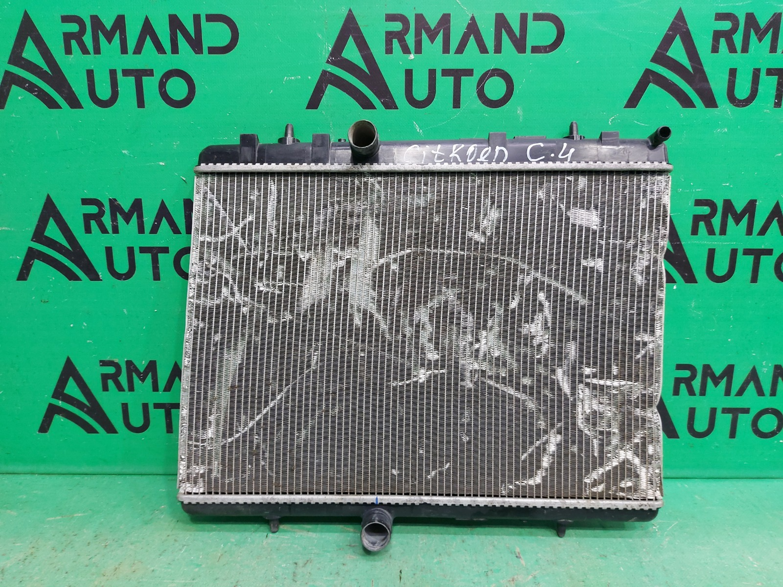 Радиатор охлаждения Peugeot 308 1 2007 (б/у)
