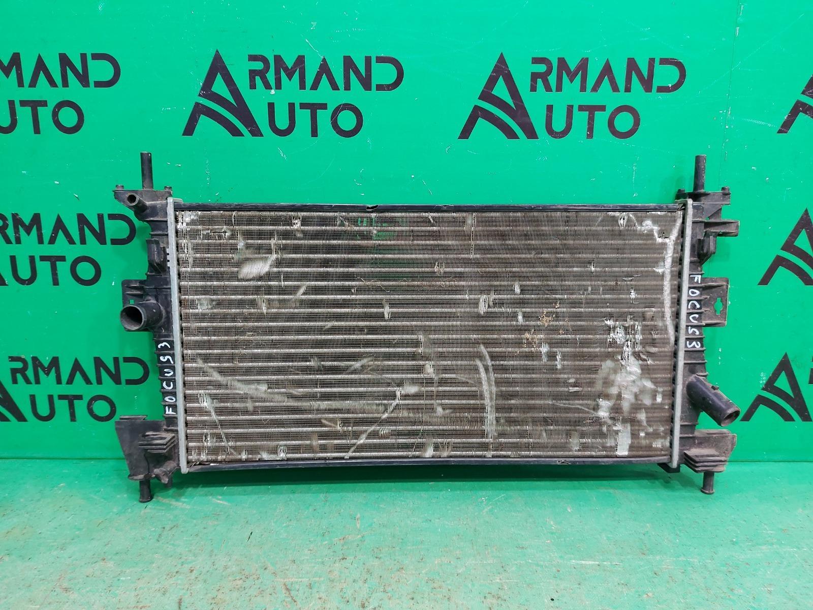 Радиатор охлаждения Ford Focus 2 2005 (б/у)