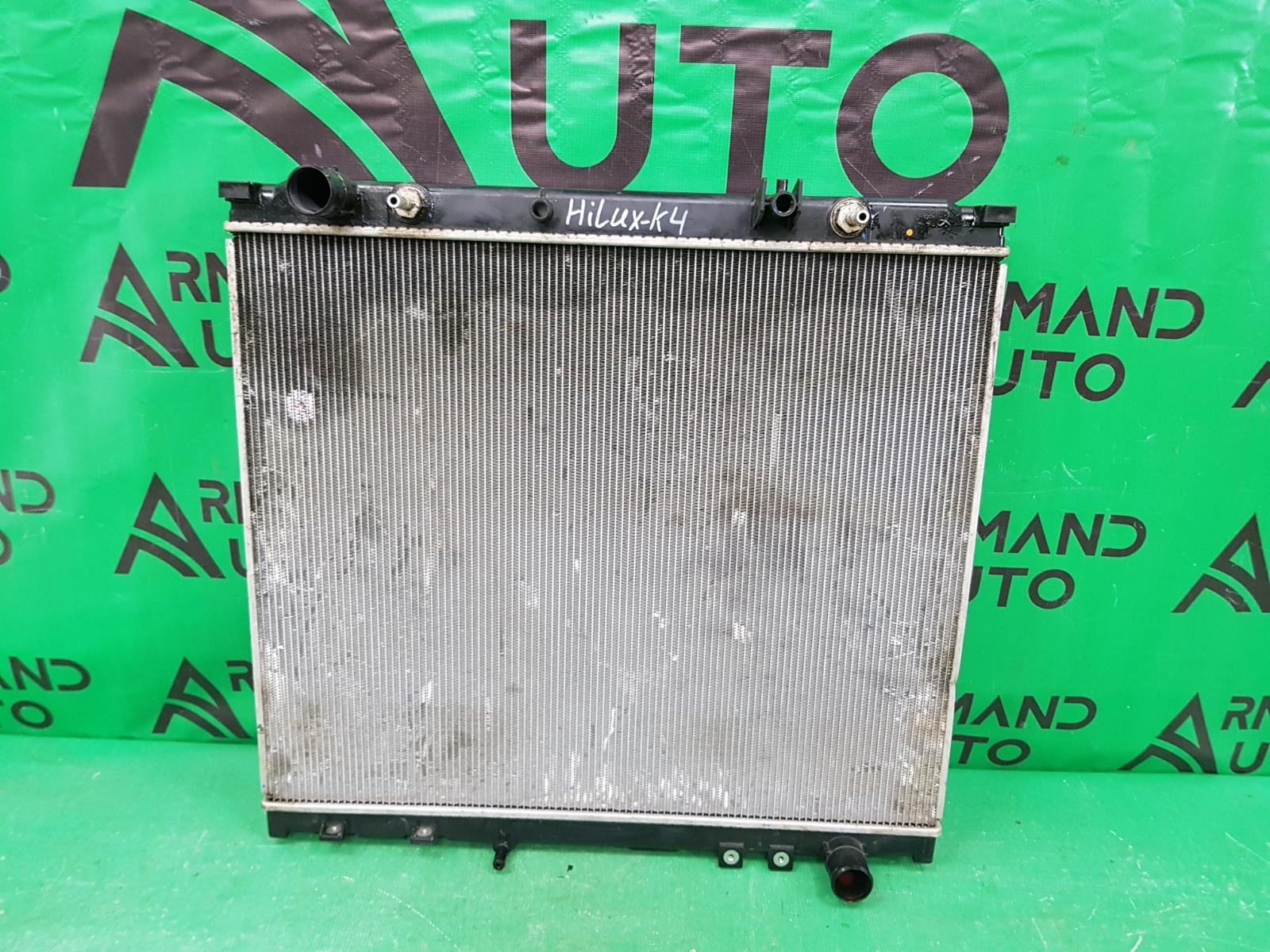 Радиатор охлаждения Toyota Hilux 8 2015 (б/у)