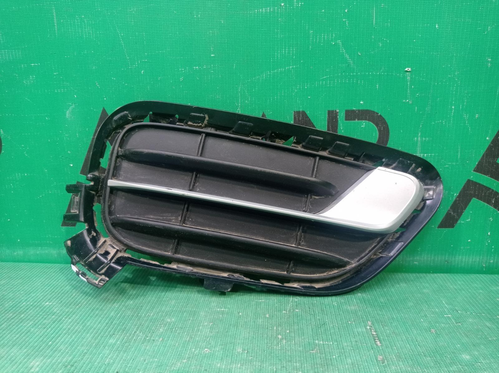 Решетка бампера Bmw X3 F25 2014 передняя правая (б/у)