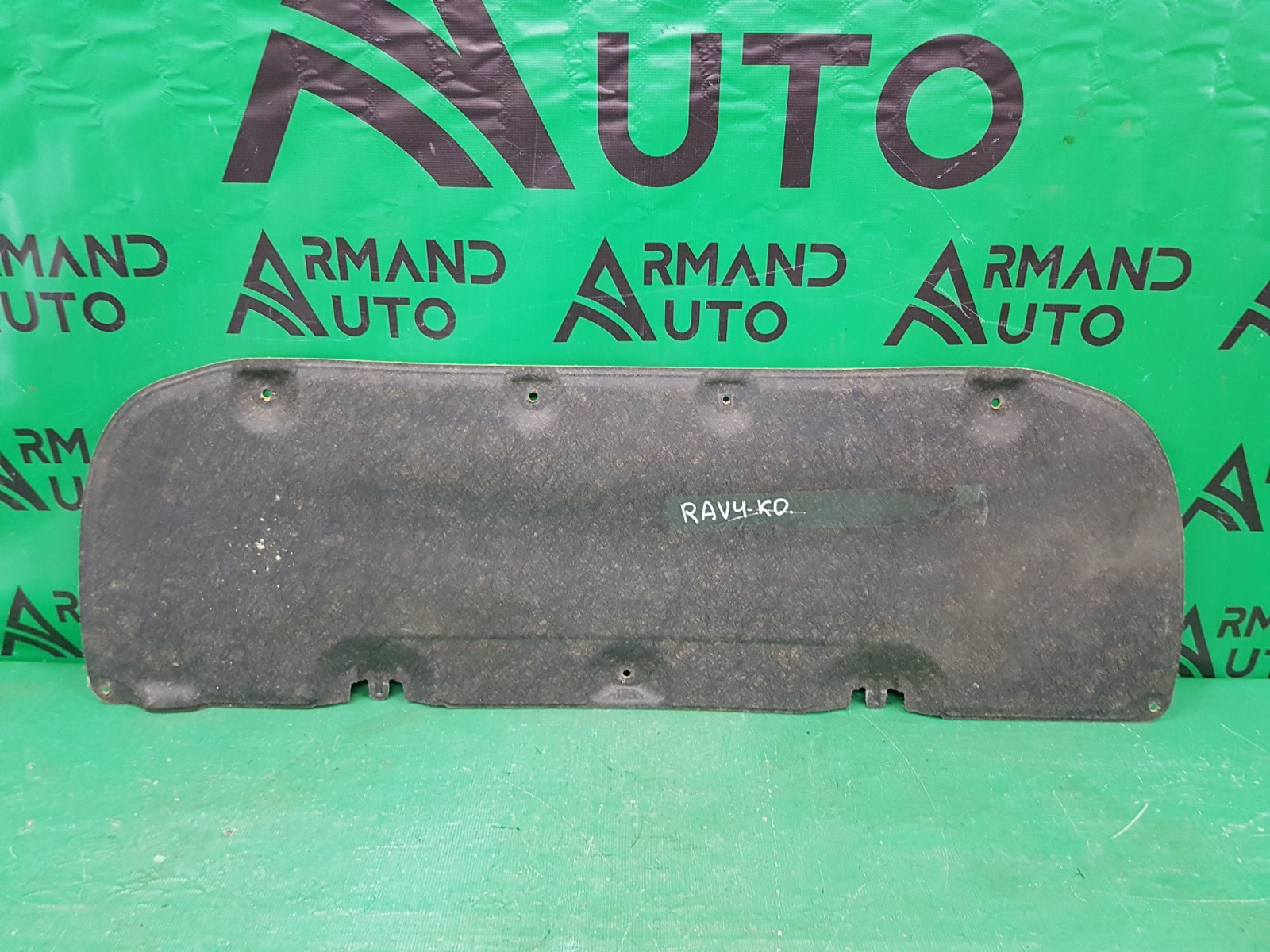 Шумоизоляция капота Toyota Rav4 CA40 2012 (б/у)