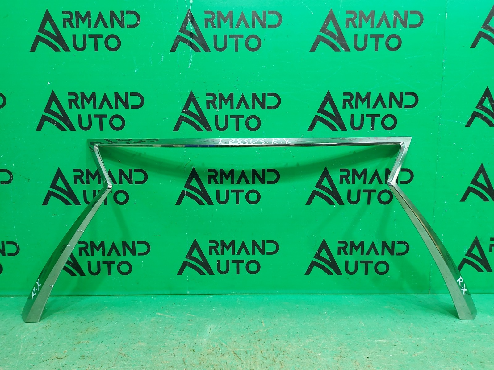 Накладка решетки радиатора Lexus Rx 4 2015 (б/у)