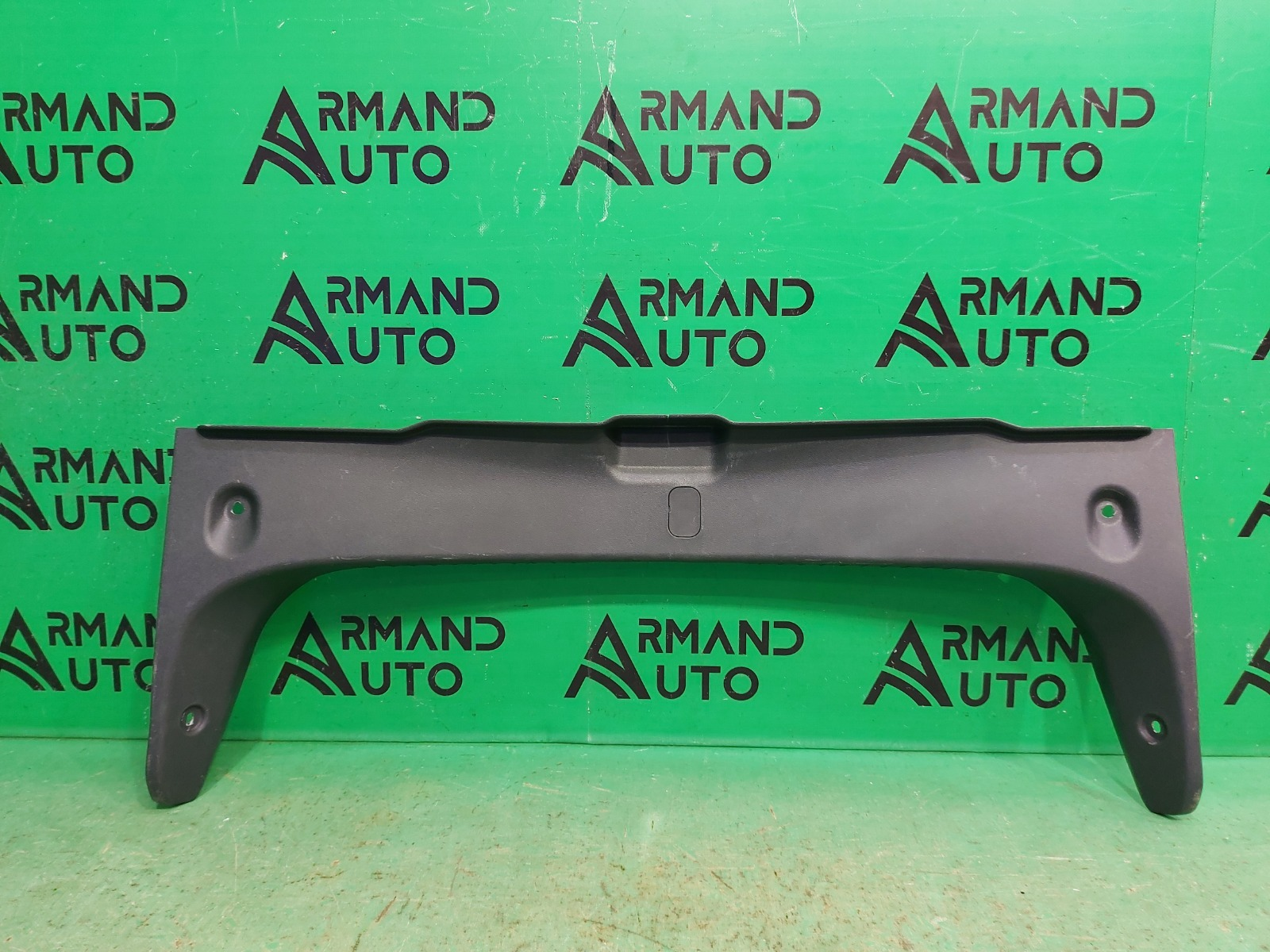 Накладка замка багажника Nissan Almera G15 2013 (б/у)
