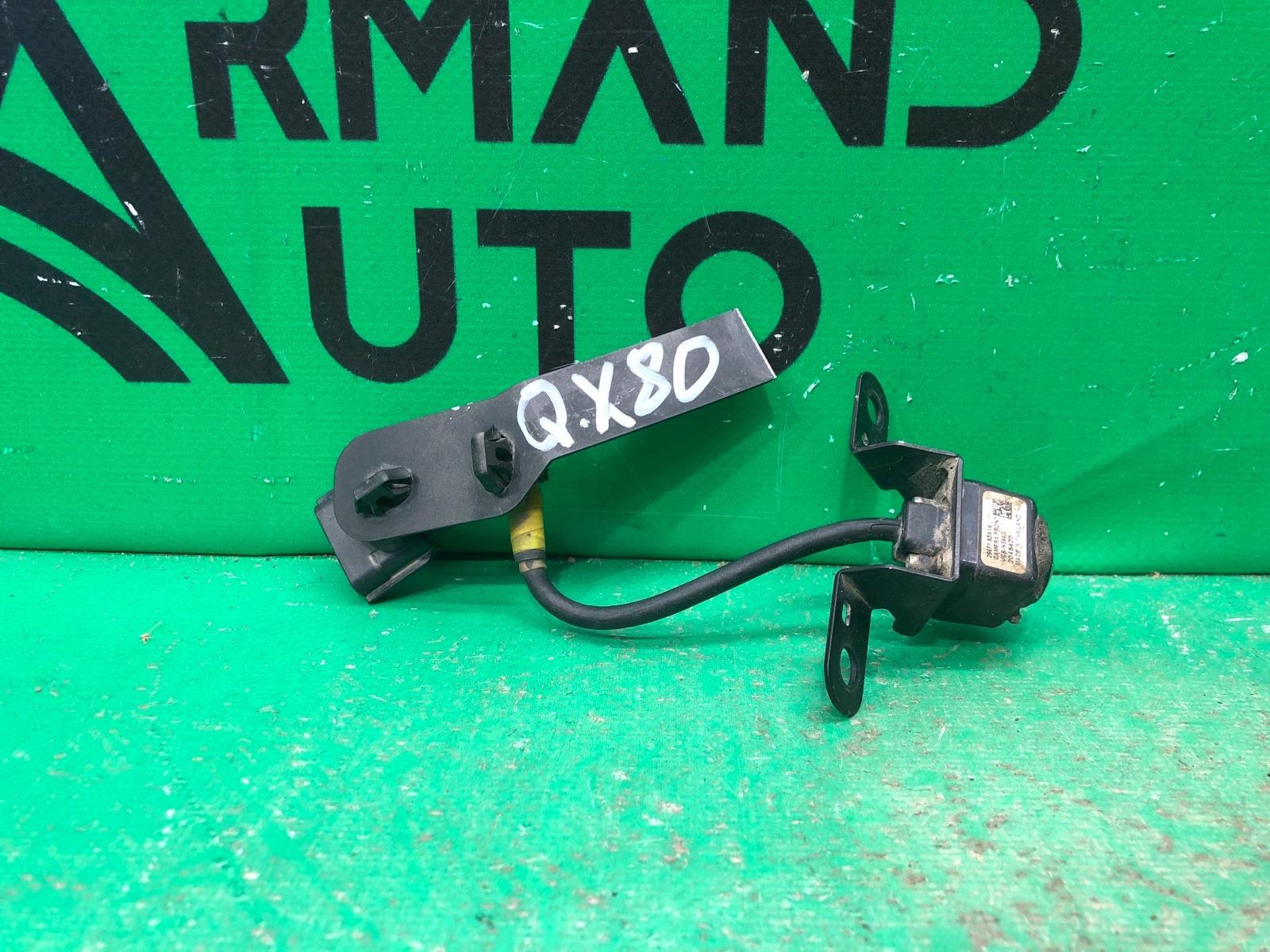 Камера решетки радиатора Infiniti Qx80 Z62 2010 (б/у)