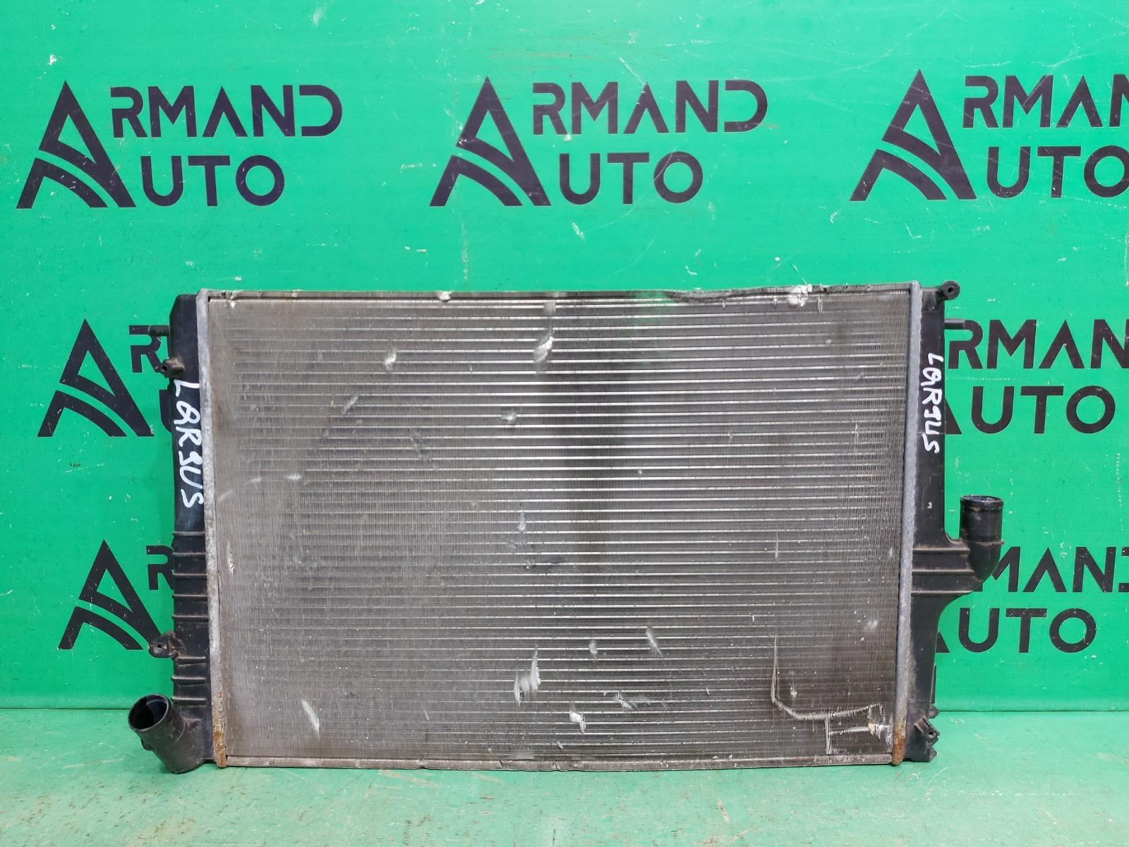 Радиатор охлаждения Lada Largus 2012 (б/у)