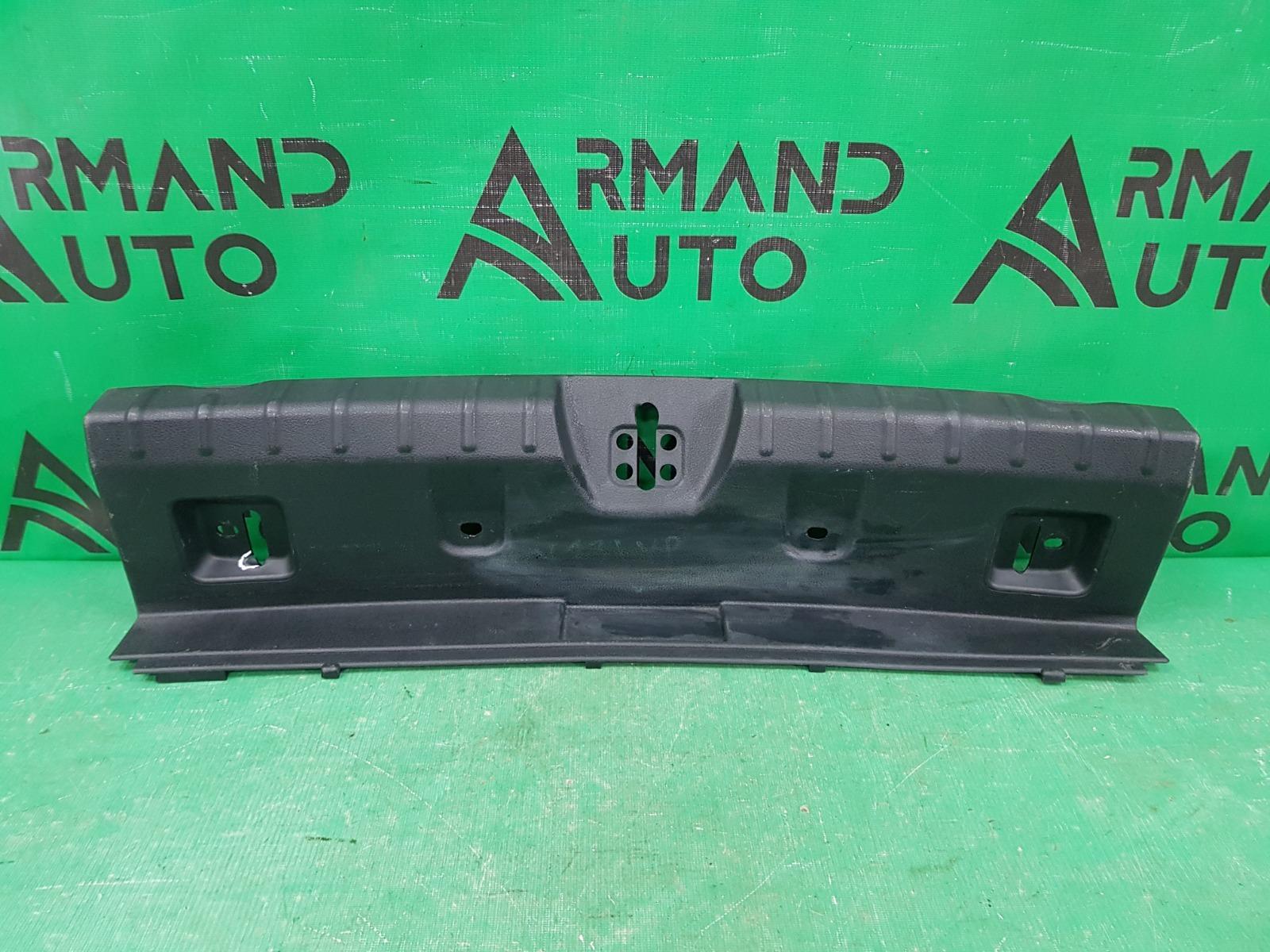 Накладка замка багажника Bmw 3 F30 2011 (б/у)