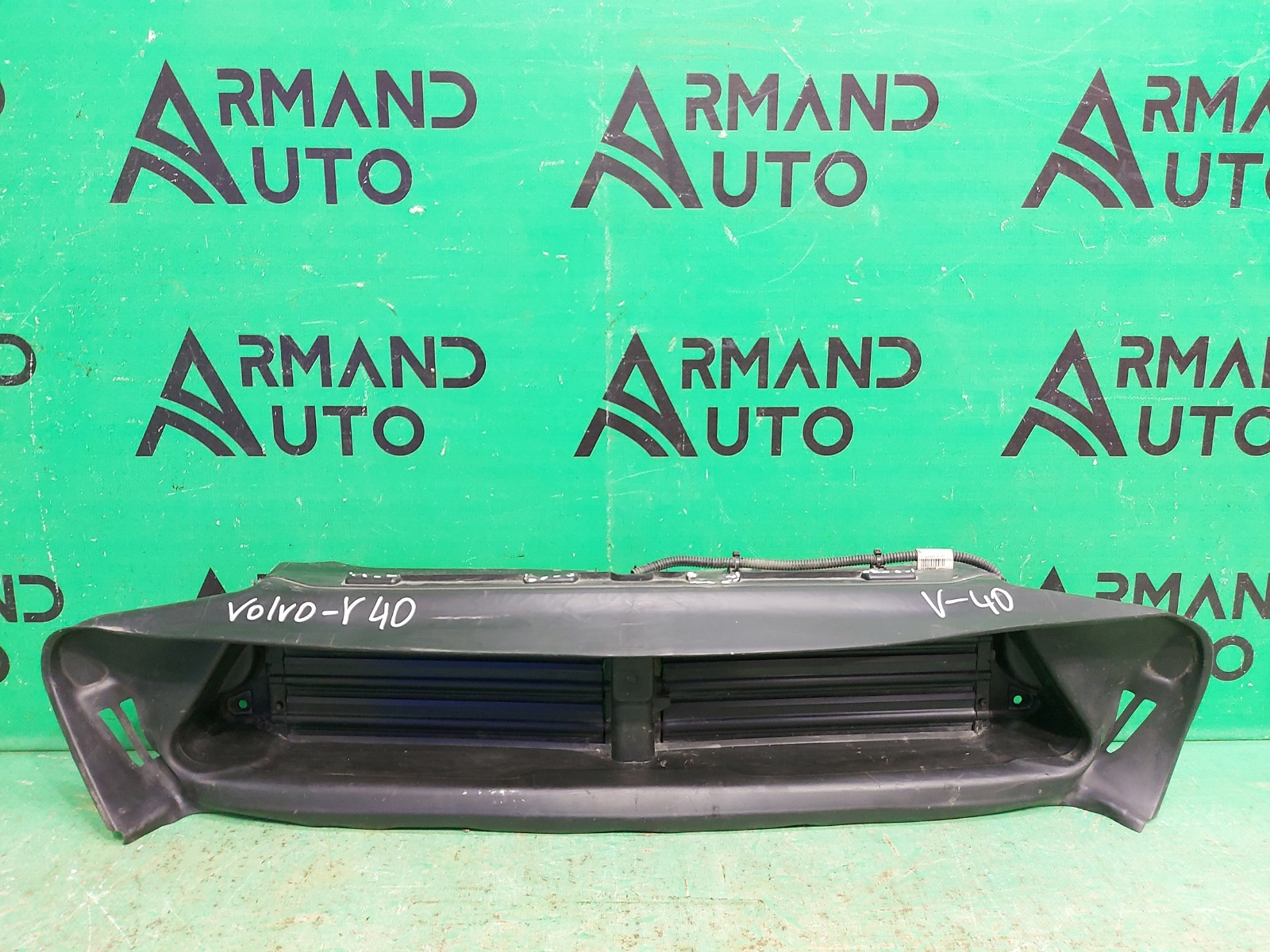 Воздуховод радиатора Volvo V40 2 2012 (б/у)