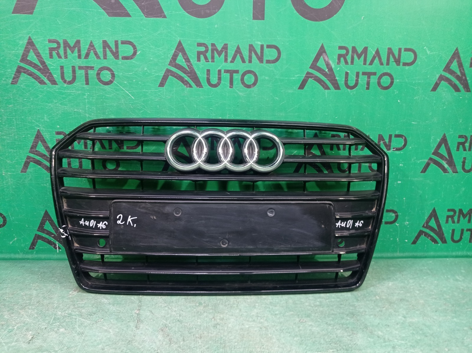 Решетка радиатора Audi A6 4 C7 2014 (б/у)