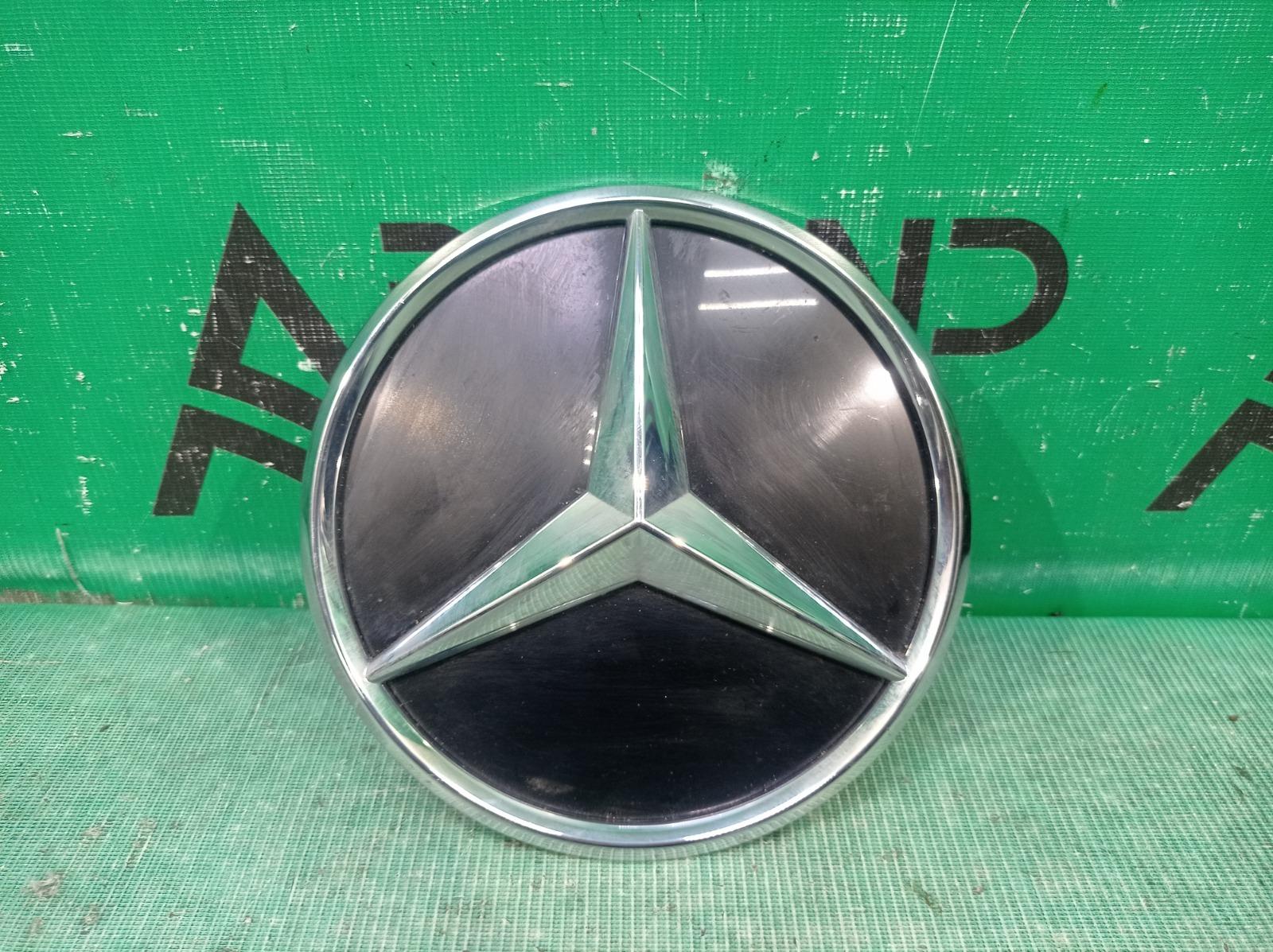 Эмблема Mercedes Glc-Class X253 2019 передняя (б/у)