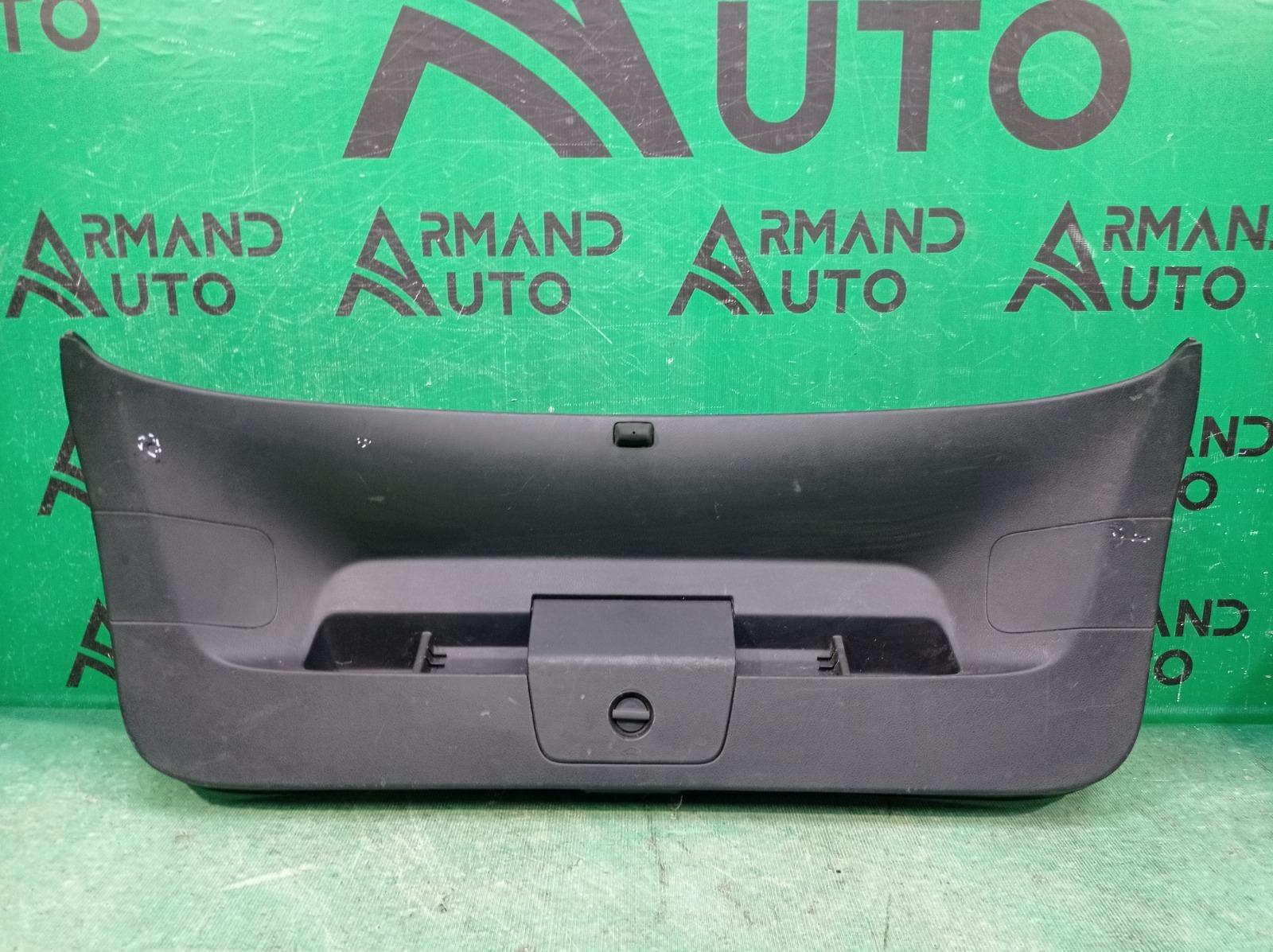 Обшивка двери багажника Volkswagen Golf 7 2012 (б/у)