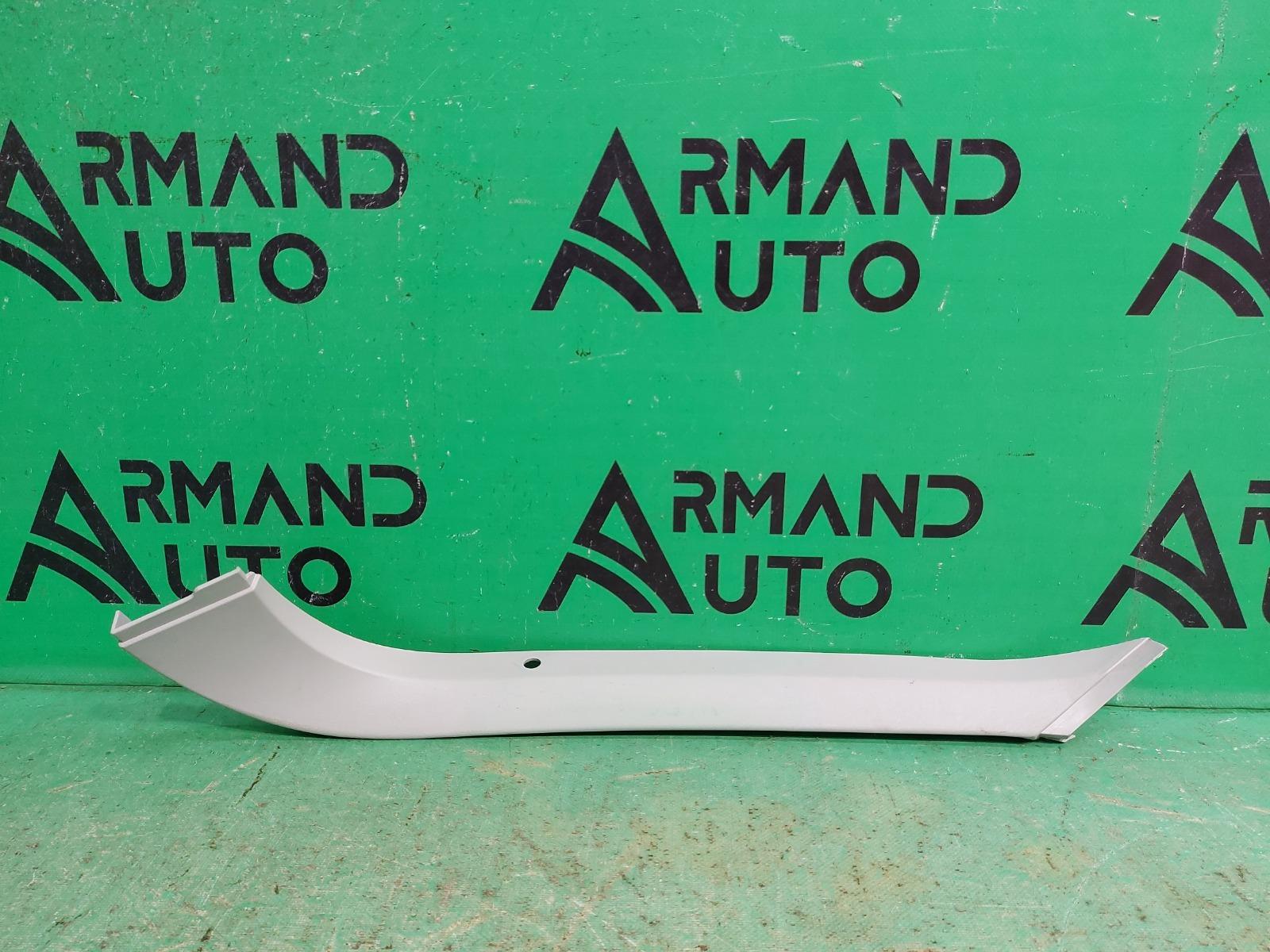 Обшивка двери багажника Ford Focus 2 2005 правая (б/у)